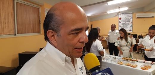 """""""Jalón de oreja"""" a maestros faltistas"""