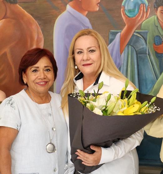 """Inaugura Alma Laura Amparán la exposición """"Los Colores de Figón"""""""