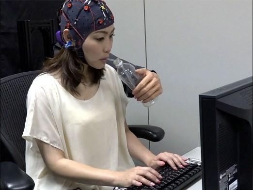 Científico mexicano desarrolla brazo robótico en Japón