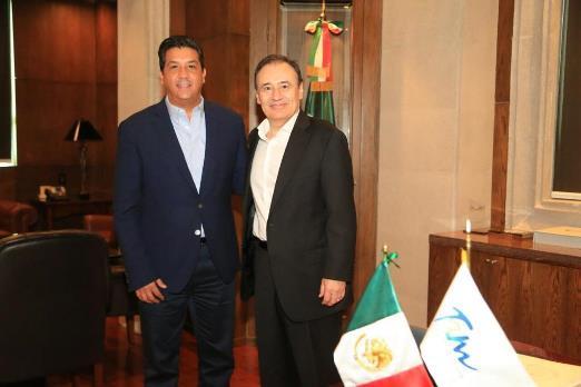 Sostiene reunión Cabeza de Vaca con Alfonso Durazo Montaño
