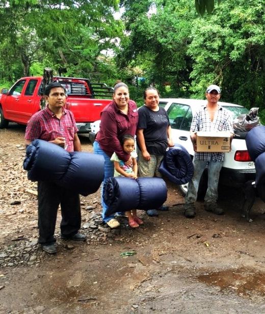 Apoya DIF Altamira a familia en desgracia