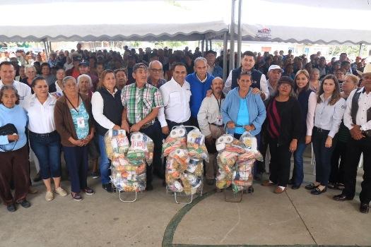 Entrega Gobierno de Altamira despensas a adultos activos en coloniaEmilio Portes Gil