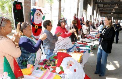 Gran respuesta a la Feria Navideña del DIF Madero